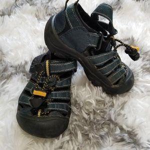 Keen Toddler waterproof sandals blue velcro sz 9